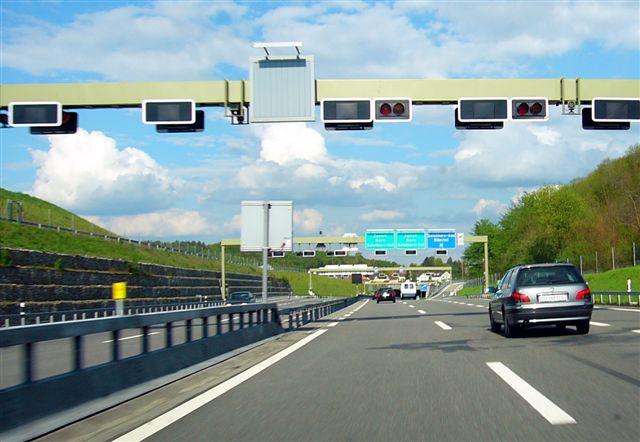سیستم های حمل و نقل هوشمند(ITS)،بهبود رفت و آمد و ایمنی
