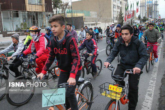 مصاحبه مهندس حسن زاده مشاور شهرداری تهران در حوزه توسعه دوچرخهسواری  با خبرگزاری ایسنا